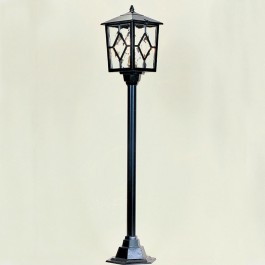 Royale - Post Mount Lantern - Black - E27