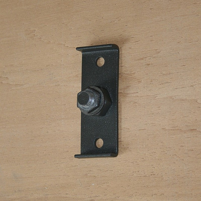Screw-on tree mount bracket