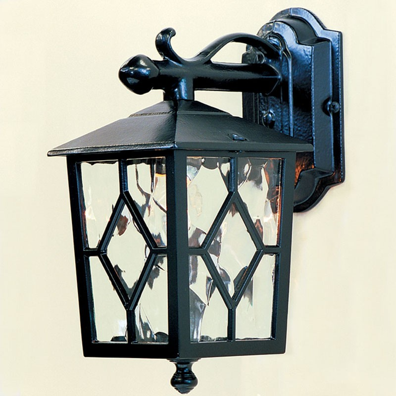 Royale Wall Lanterns