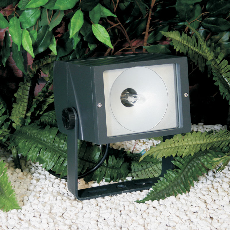 Apollo70 and Apollo150 metal halide garden spotlights are designed for energy saving garden lighting for larger trees and features
