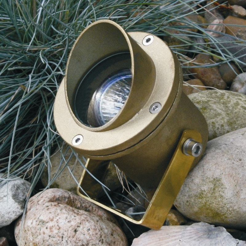 Atlantus brass underwater light for lighting ponds, waterfalls, fountains and water features