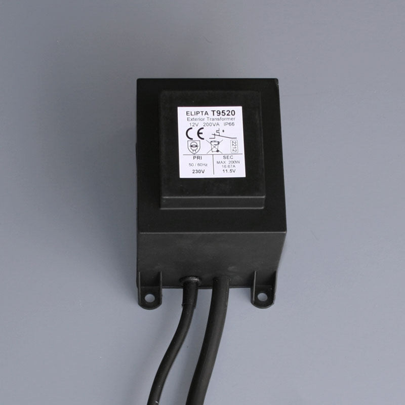 Surface mount transformer
