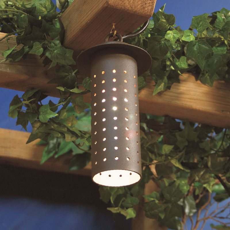 Low voltage hanging downlight for garden structures, gazebos, pergolas and arbours